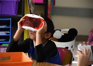 First Graders Learn about Habitats Via Google Expeditions